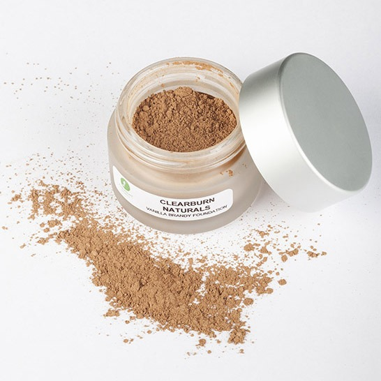 vanilla coloured mineral foundation